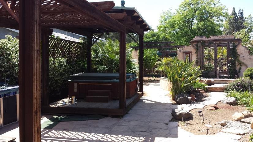 LOVELY 3BR, 2 Full bath for Rent in El Cajon  Large  yard.